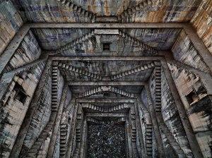 Step-well-4-Sagar-Kund-Baori-Bundi-Rajasthan-India-2010-Edward-Burtynsky