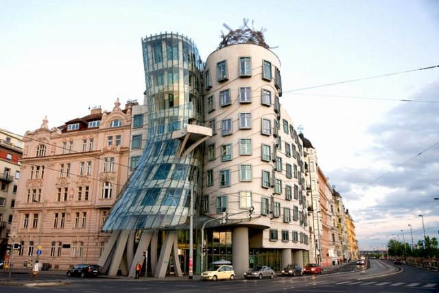 postmodernist dancing house prague