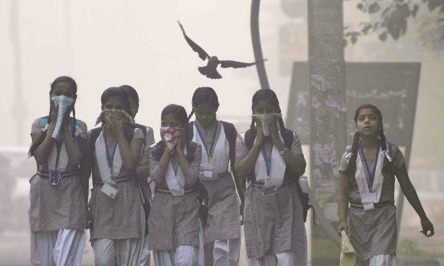 Delhi polltion-children