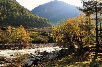 Bhutan-river2
