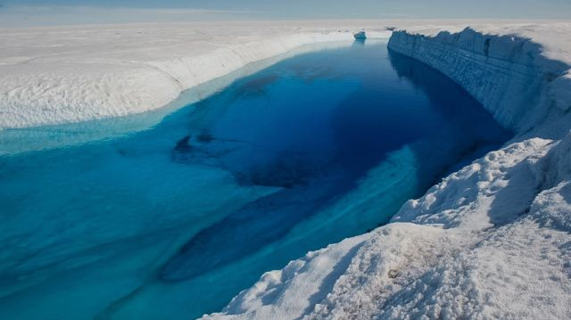 Greenland meltwater burrow-moulin