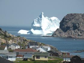 iceberg-in-newfoundland