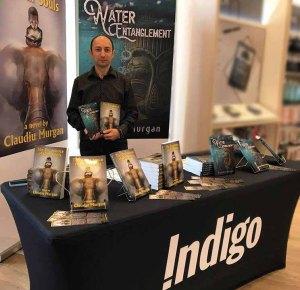 Claudiu with books Indigo