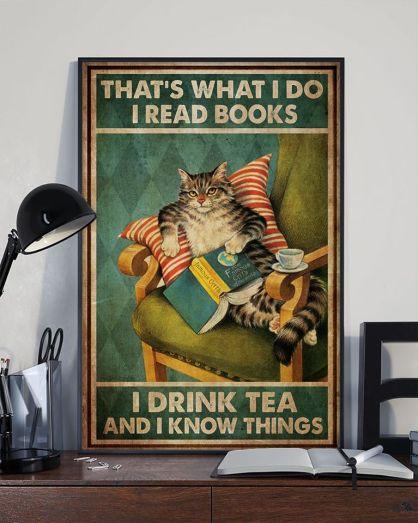 Smart literary cat